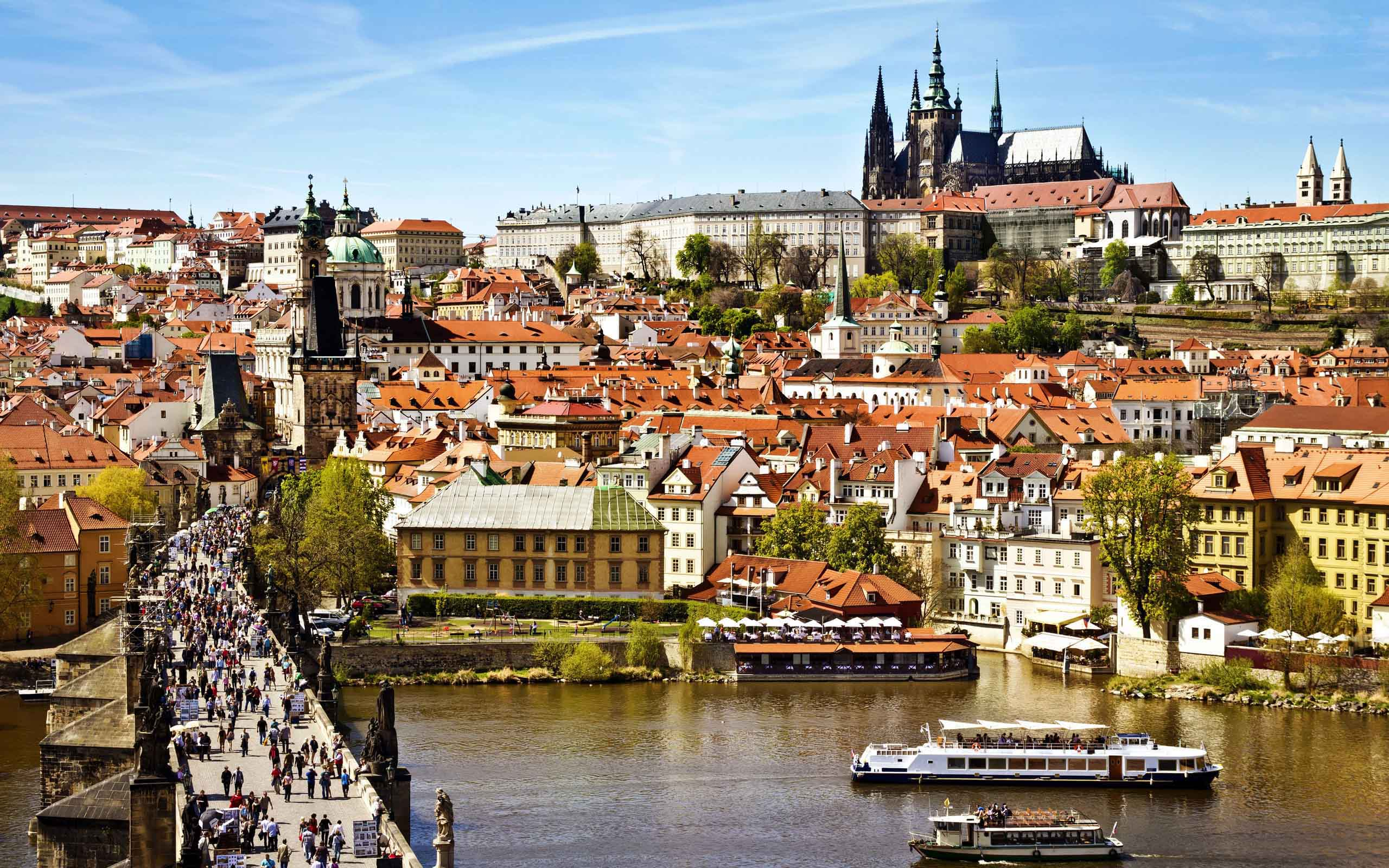 beautiful-prague-city-widescreen-wallpapers-of-high-resolution-free
