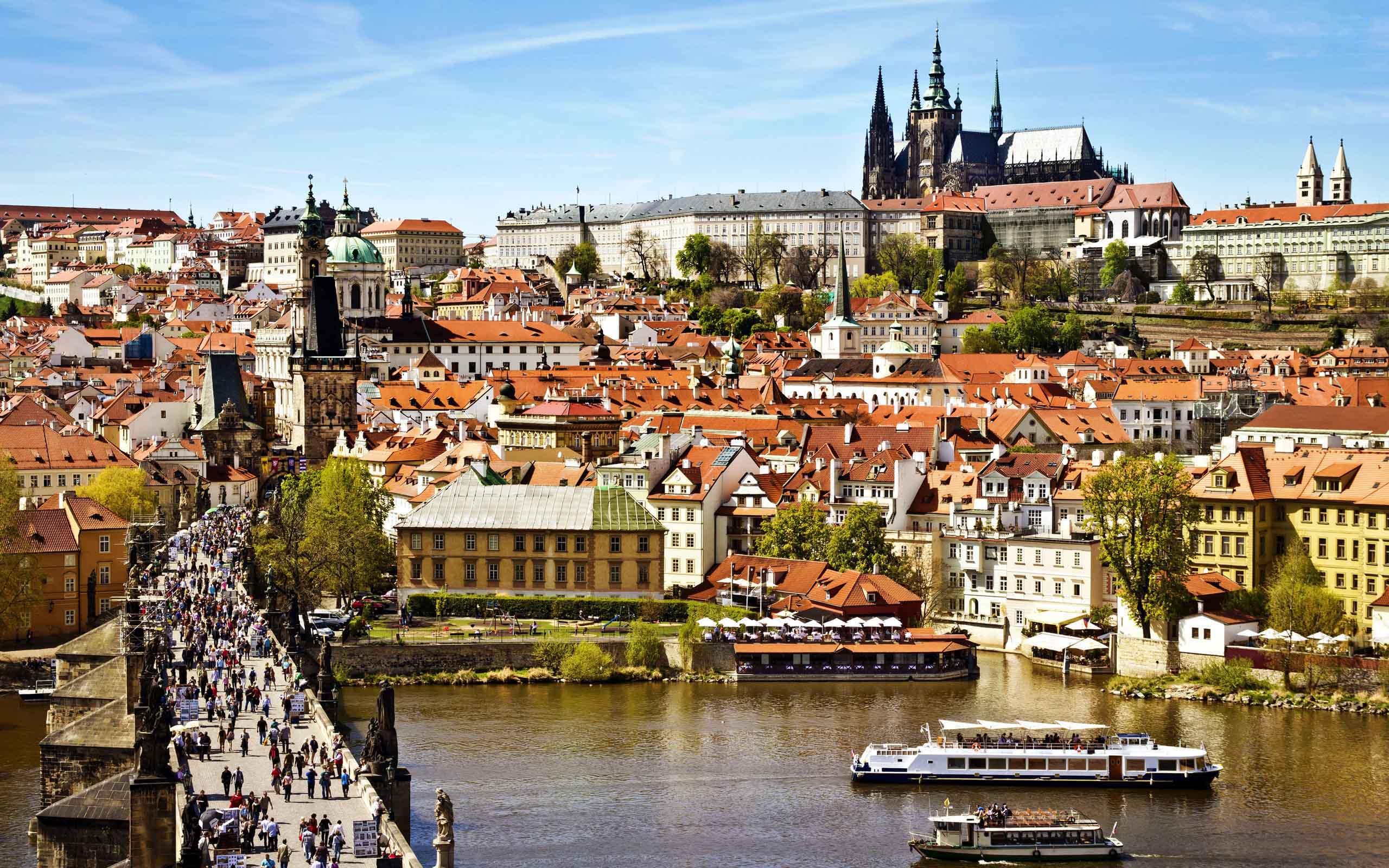 beautiful-prague-city-widescreen-wallpapers-of-high-resolution-free